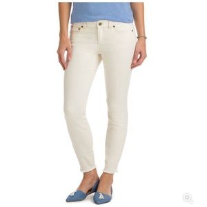 Vineyard Vines NWT Raw Hem 5 Pocket Skinny Denim 8